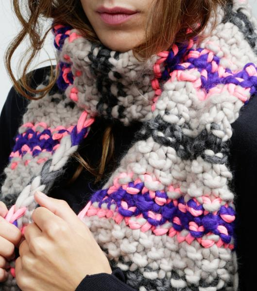 WOOL AND THE GANG 【ELECTRIC SCARF】